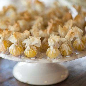 doces de casamento São José dos Campos trouxinhas de abacaxi com coco 004